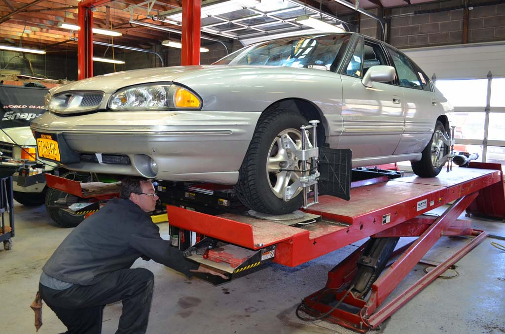 How Much Does Wheel Alignment Cost For Your Car Or Truck Whats