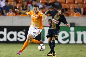 Houston Dynamo Defender David Horst fights for possesion during their match against the Philadelphia Union. (Troy Taormina-USA TODAY Sports)
