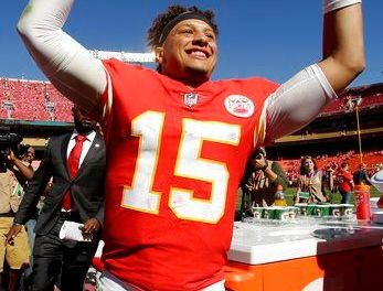 Chiefs spread the wealth on offense during blistering start