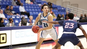 Jags Fall to Columbus State at the Buzzer