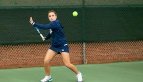 Women's Tennis Defeats Belmont-Abbey, 5-2