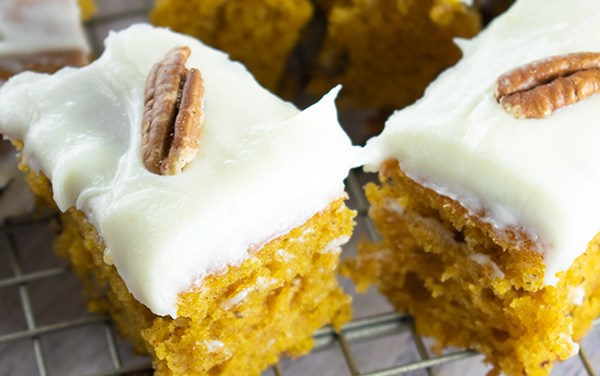 How to Make Spiced Pumpkin Bars
