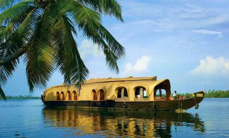 Backwaters_Kerala
