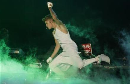 Mexican president denies meeting Justin Bieber