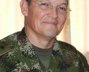 Colombia halts peace talks after general is taken