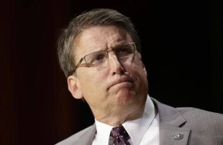 US government: North Carolina LGBT law violates civil rights