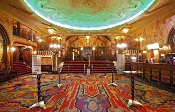 Tuschinski movie theatre amsterdam