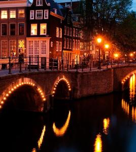 Evening canal cruise Amsterdam