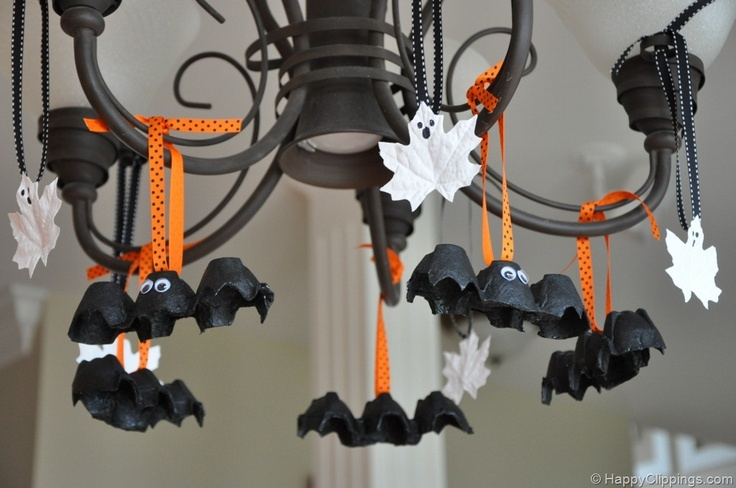 Egg carton bats, Last minute Halloween decorations, inexpensive Halloween decor
