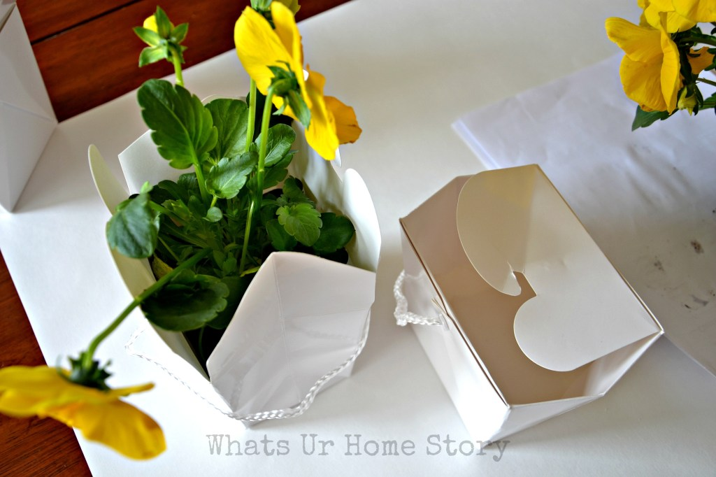 pansy centerpiece, Chinese Take Out Box Vase, Spring centerpiece, Spring decor, Spring table decorating