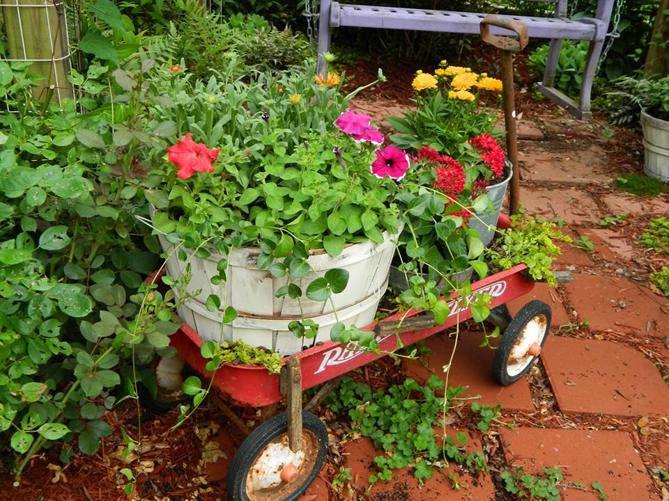 radio flyer wagon planter