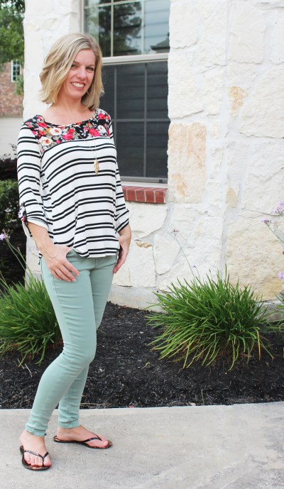Stitch Fix- Sutherlin Contrast Print Knit Top by Le Lis Primrose Skinny Jean by Level 99