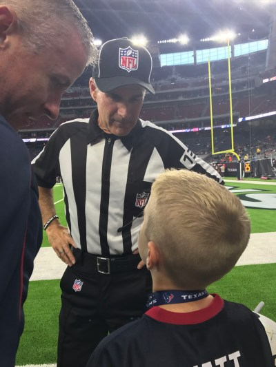Texans Sideline Experience -Talking with the Ref