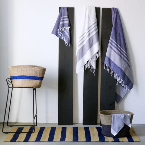 Indian_towels_blue_and_white_f2bd7864-1264-442e-9526-cc1882598787_large