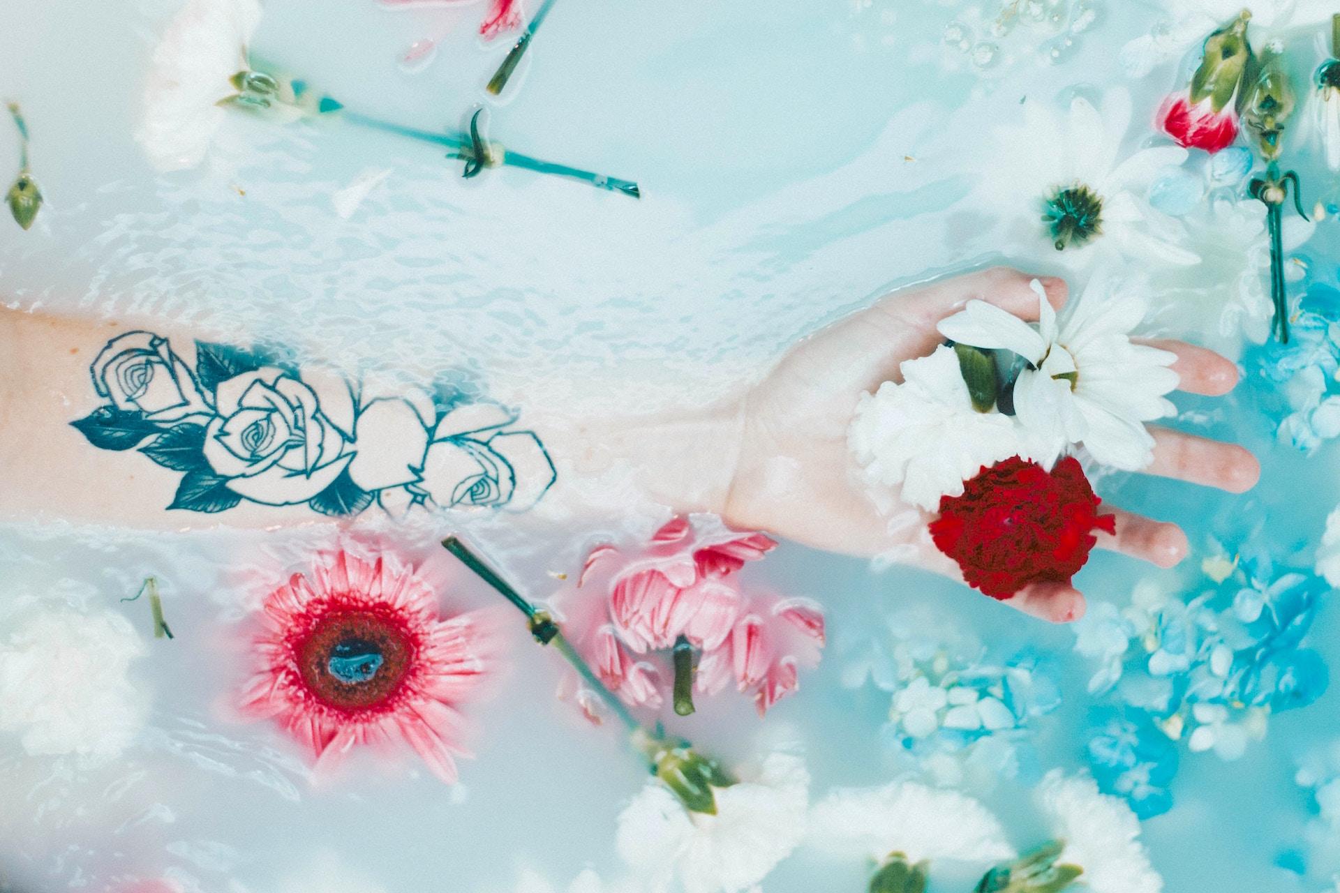 flower bath aura and chakra clearing
