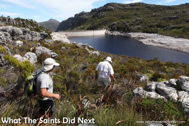 Exploring the dams on the top of the mountain. Hiking The Table Mountain National Park.