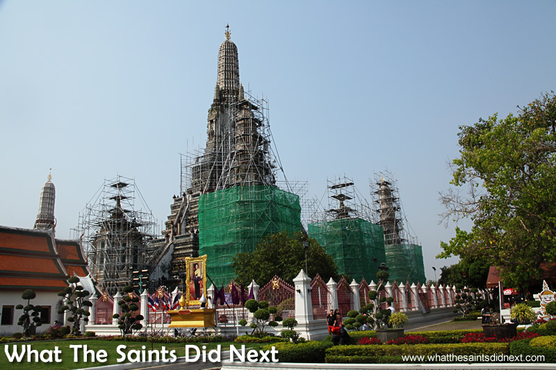 Wat Arun, Temple of Dawn was covered in scaffolding which spoiled the visit.