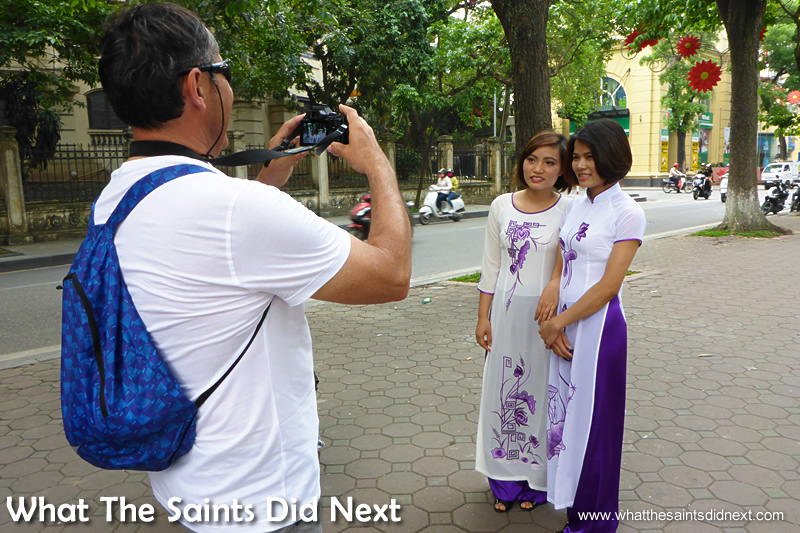 On the Ao dai Vietnam photoshoot the first photo of the models was actually taken by a tourist!