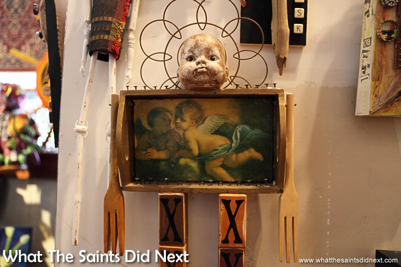 Highway 61 Attic Art Gallery in Vicksburg - One more 'Chucky' piece!