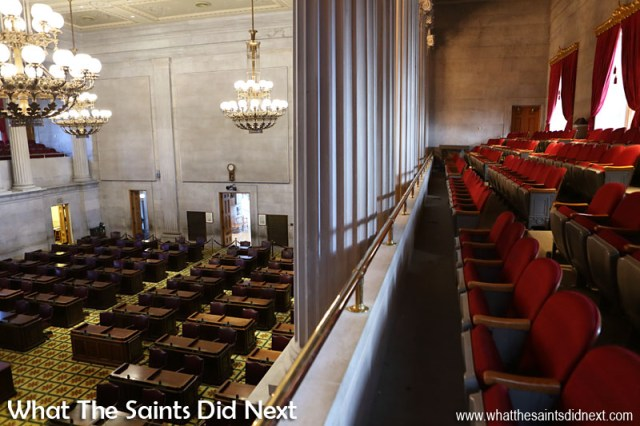 There are two public galleries over-looking both sides of the Tennessee State House of Representatives. Each gallery has a maximum seating occupancy of 128.