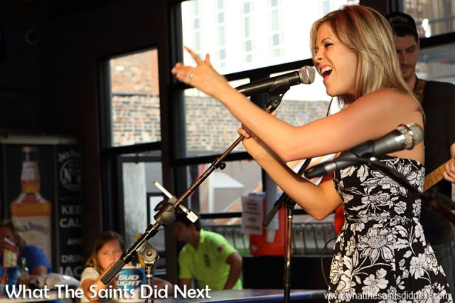 Plenty of energy in Rippy's live country music. A Night Out In The Nashville Honky Tonks.