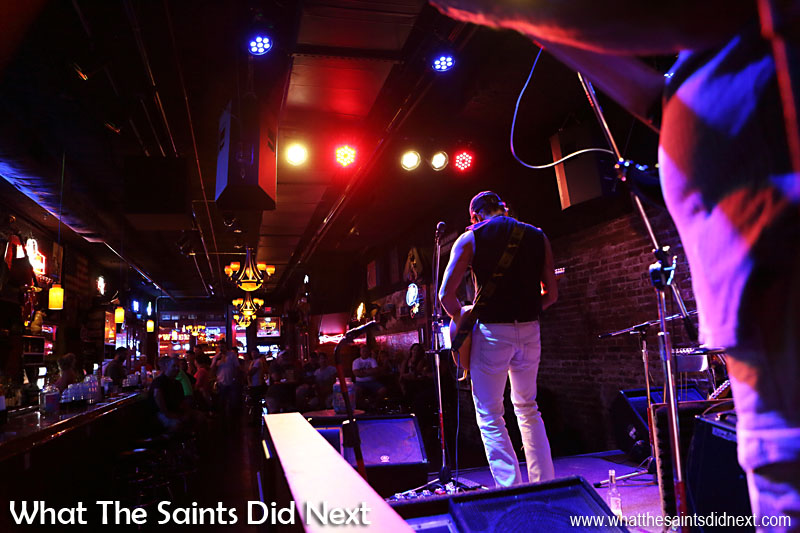 The Second Fiddle, one of the best Nashville Broadway bars of the night, with Lefty Ferguson.