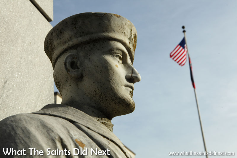 Canon 5D-MKIII: 07:40, 1/320, f/13, ISO-200 Shadows on this World War One memorial in the town of Vicksburg, Misissippi, really help bring texture and three-dimensional depth of the sculpture.