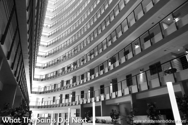 Inside the Cape Town Luxury Icon Apartment block throws up an amazing black and white architectural photography opportunity. Here the lines and patterns lend themselves to a dramatic black and white image.