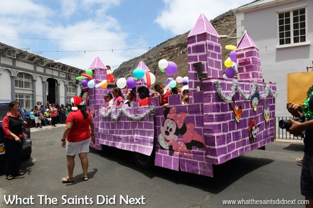 Christmas Street Parade - St Paul's Primary School The last week in school before the break for Christmas holidays is super exciting for kids, especially so for St Paul's Primary whose Christmas parade is so infectious it'll get you in that festive mood. Here is a float taking part in the 2016 parade.