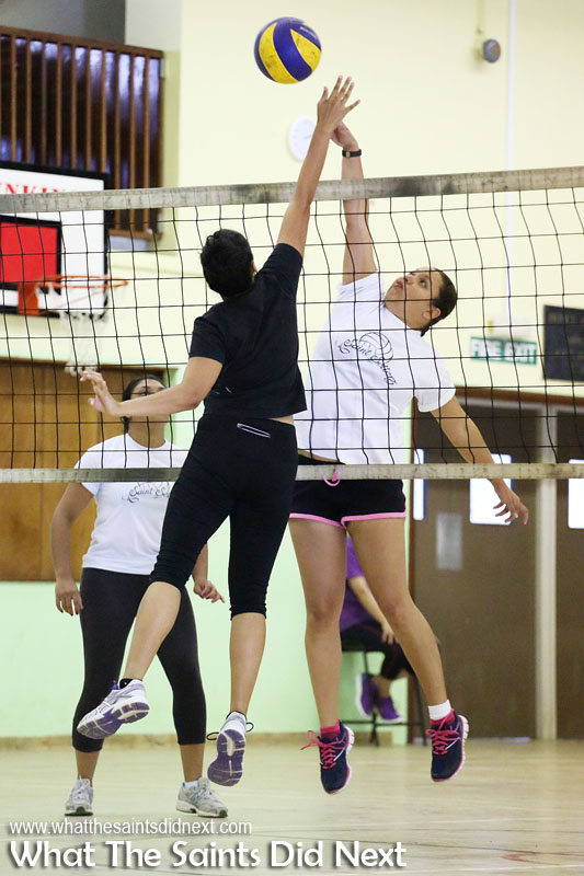 How to photograph indoor volleyball