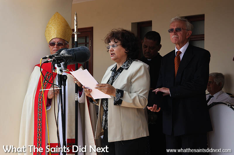 Chief Admin Health & Social Services Officer, Ivy Ellick, in 2008, making a speech at the opening ceremony of the new CCC at Ladder Hill. Bishop James Johnson on the left, Governor Andrew Gurr on the right.