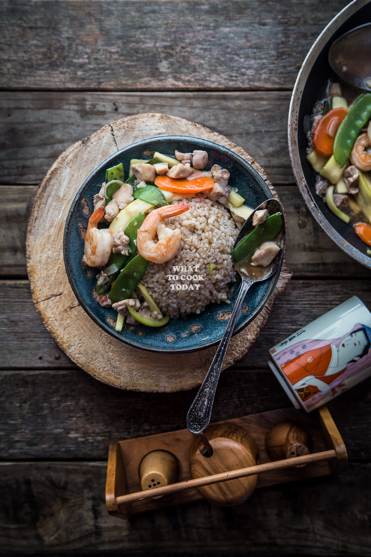 Shrimp and Chicken Ankake Donburi. Easy one-pot meal. Delicious rice bowl