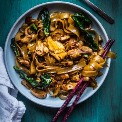 Pad See Ew (Thai Stir-fried Rice Noodles)