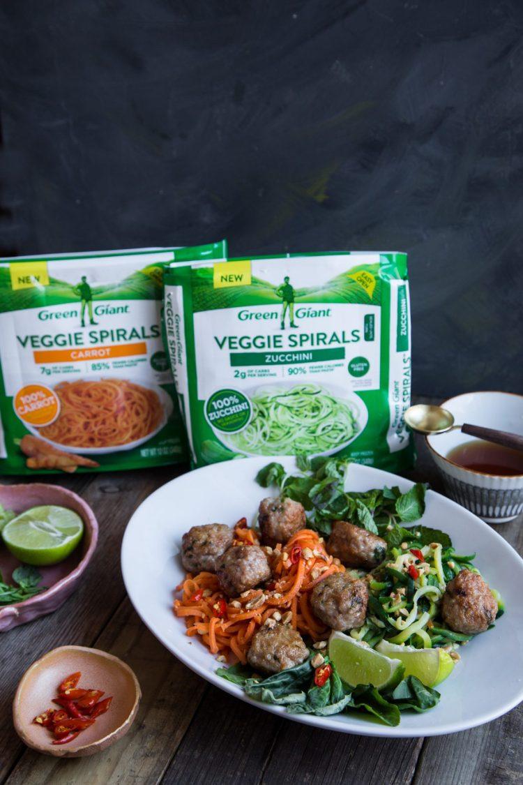 Pork Meatballs Veggie Spirals Salad #ad #VeggieSwapIns #IC