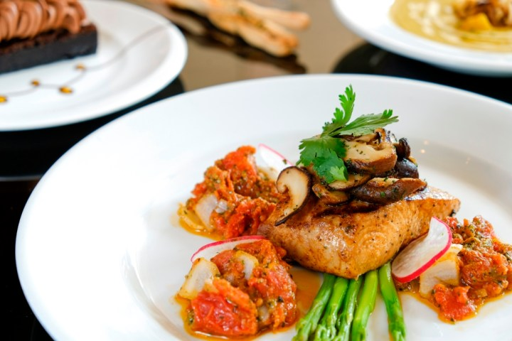 EC+B Chef's Summer Specials, Grilled Mahi-mahi