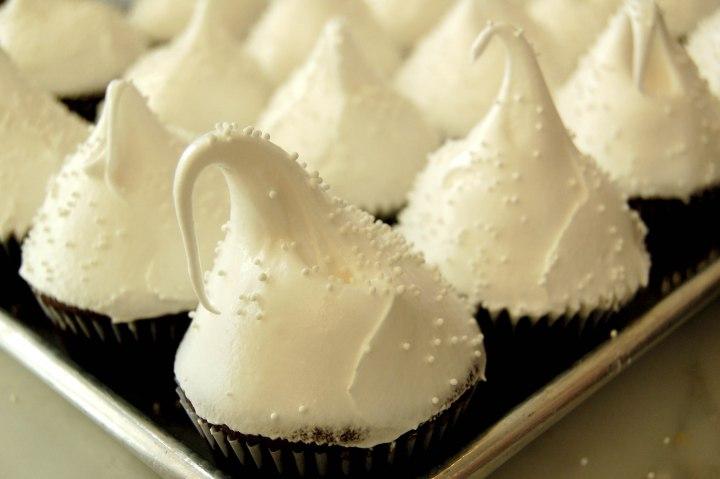 Sno-cap Cupcake