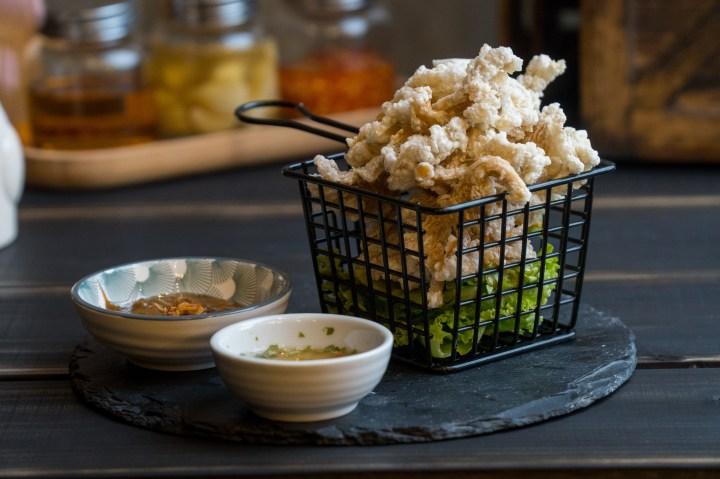 Deep-fried oyster mushroom with homemade peanut sauce