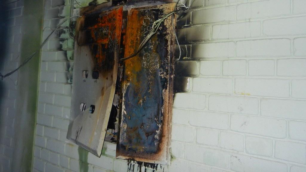 Жители Владивостока обвиняют майнеров в пожаре в местной многоэтажке