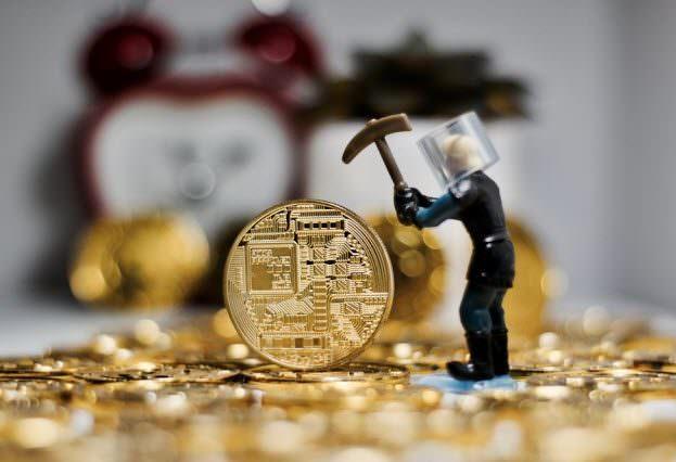 Майнеры биткоина перестали продавать добытые монеты. Грядёт рост?