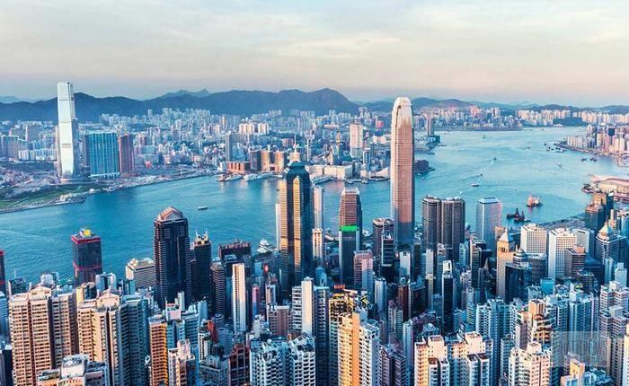 Регулятор Гонконга не видит необходимости в полном запрете криптобирж