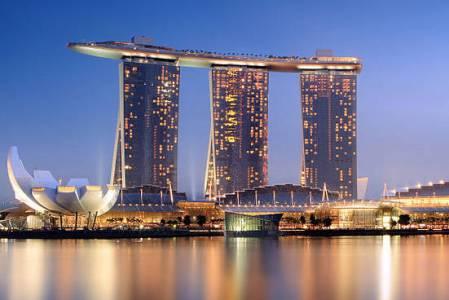 Сингапур запустил «День токена» в честь десятилетия биткоина