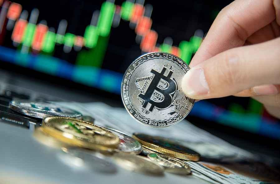 Google Trends: люди хотят покупать BTC только после повышения стоимости монеты