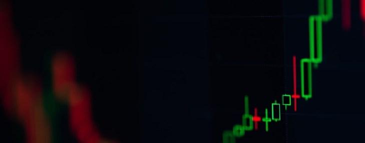 С чем связан рост криптовалюты Tezos на 30% за последнюю неделю?