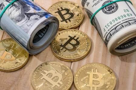 Движение биткоина ниже $10000 маловероятно