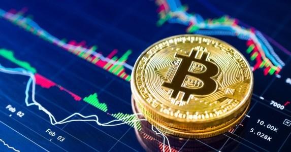 Экспертное мнение: Популярность биткоина растет благодаря социальным сетям