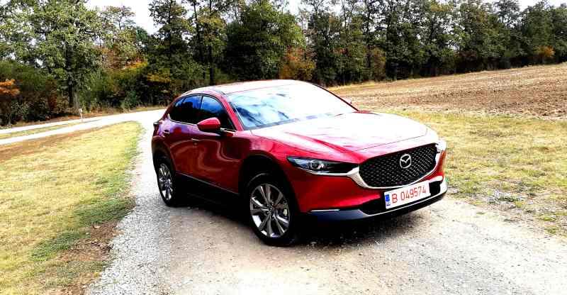 Whattruck-Test Drive in premiera cu noul crossover Mazda CX-30 2.0 Skyactiv G122 M-Hybrid 122 CP 2019