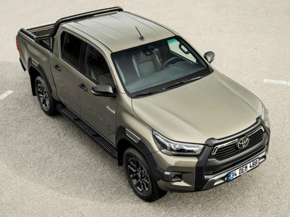 Noua Toyota Hilux Pick-up DC 2.8 l D-4D 6 trepte automata Executive are o mare problema in Romania