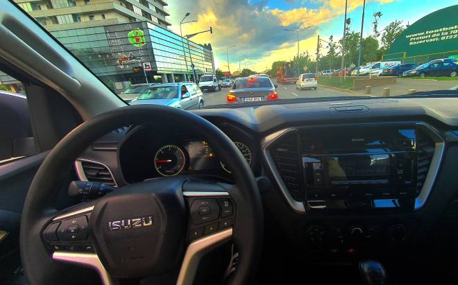 Isuzu D-Max RG01 1.9 MT6 Style 2021, test consum dmax 2021, review Isuzu D-Max RG01 1.9 MT6 Style 2021, whattruck Isuzu D-Max RG01 1.9 MT6 Style 2021, drive test dmax 2021 romania, 0-100 dmax 2021, test ro Isuzu D-Max RG01 1.9 MT6 Style 2021, autolatest