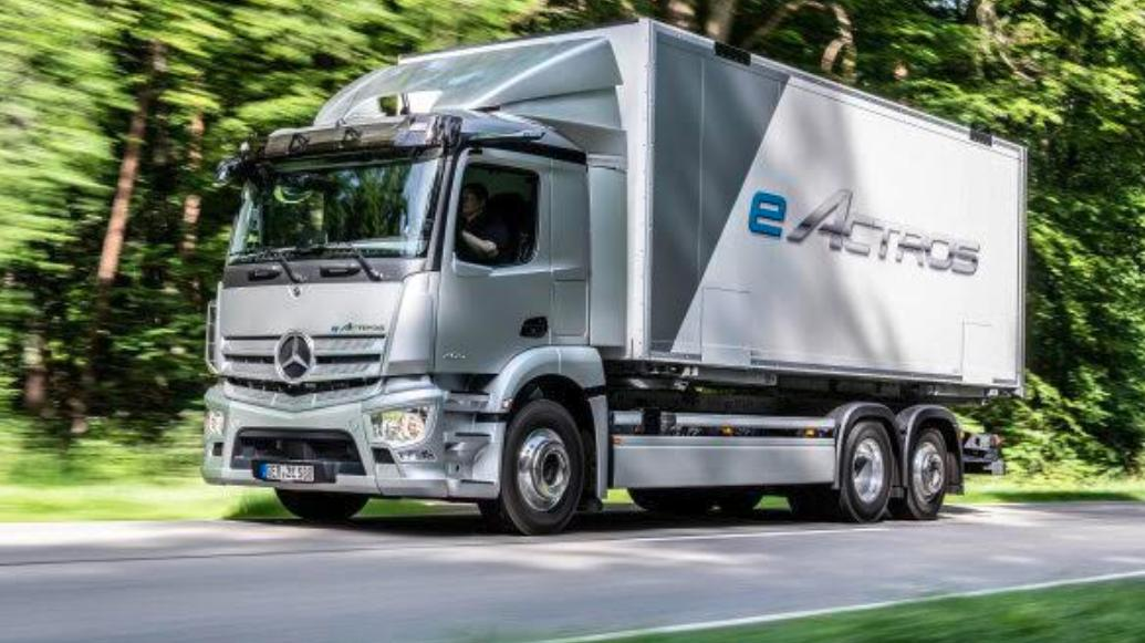Mercedes-Benz eActros este primul camion european 100% electric