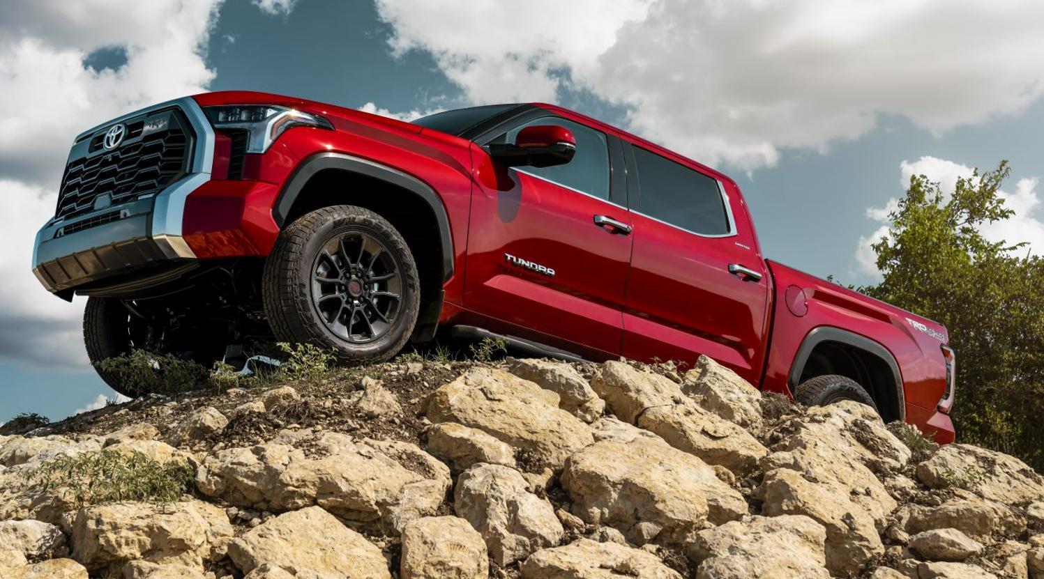 Noua Toyota Tundra 2022 are o motorizarea i-FORCE MAX V6 de 437 CP